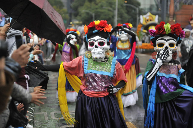 Day of the Dead parade hits the streets of Mexico City